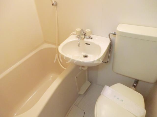 メゾンノーブル 104号室のトイレ
