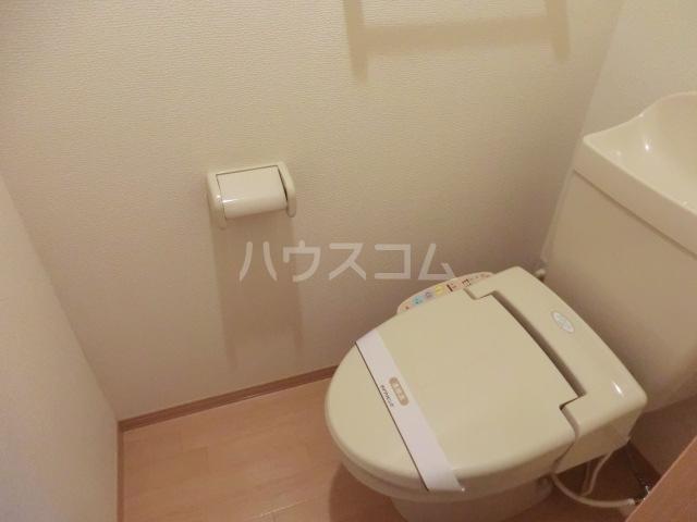 サンビレッジⅡ 203号室のトイレ