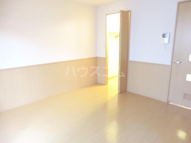 サンビレッジⅡ 203号室の居室