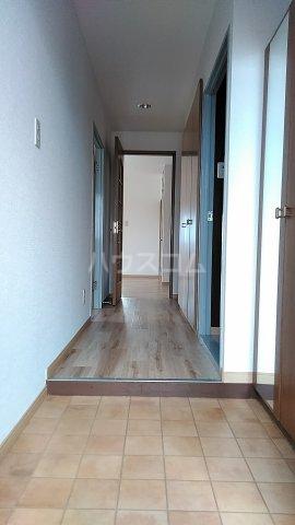 グランデ・パゾ 506号室の玄関
