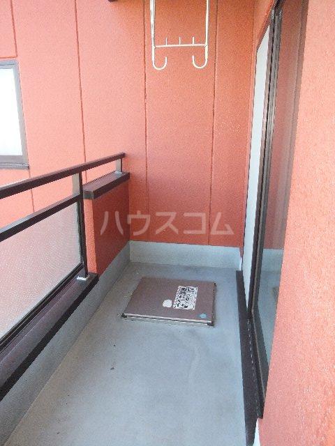 栗原マンション 302号室のバルコニー
