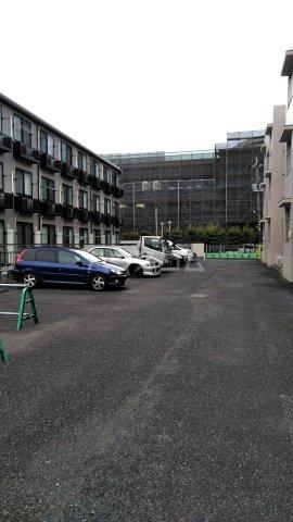 アーバンライフ若海 207号室の駐車場
