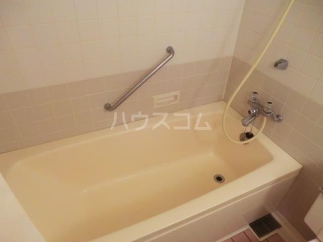 メイフェアーヒルズ 102号室の風呂
