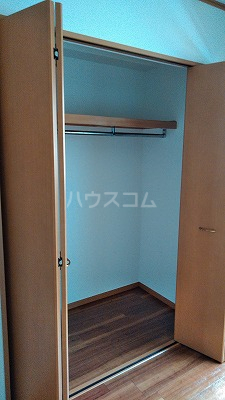 コンフォート ハナブサ 202号室の収納