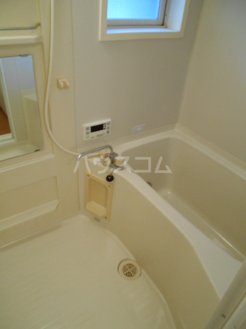 サンタシティー 1-202号室の風呂