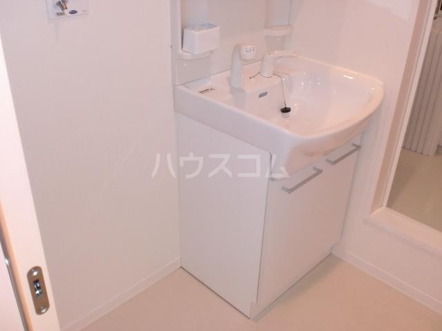 ヘリオス 202号室の洗面所
