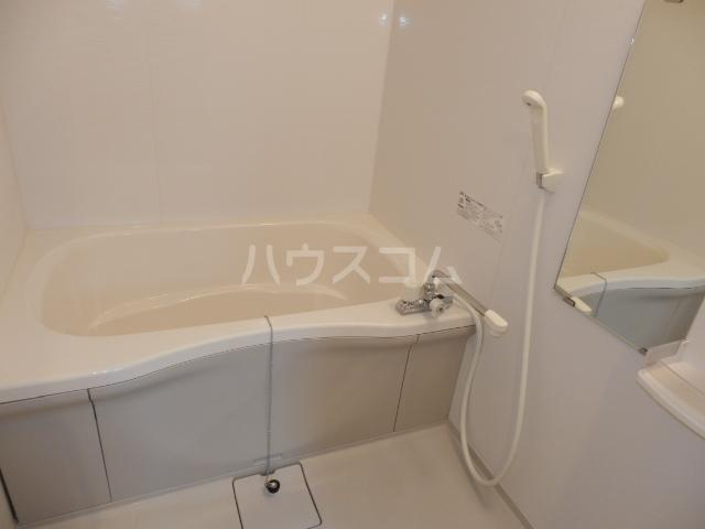 Ohana Hare B 205号室の風呂