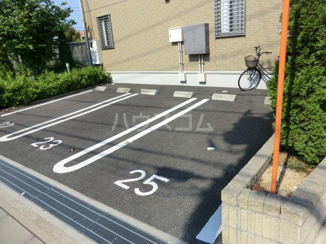 トワメゾン Ⅰ 101号室の駐車場
