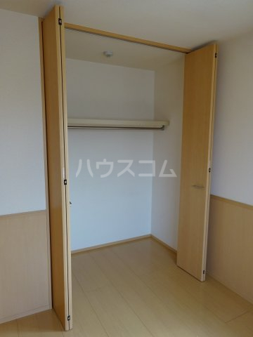 プリムヴェール十二番館 205号室の収納