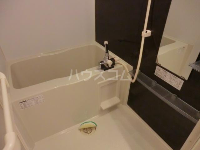 プレミール 103号室の風呂
