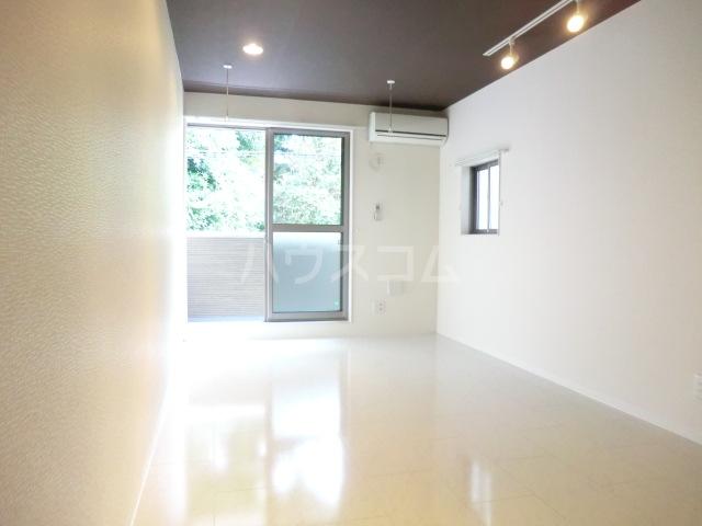 プレミール 103号室の居室