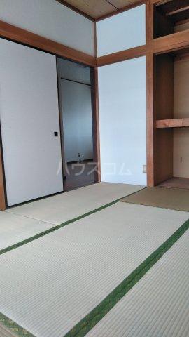 ハイム大京 203号室の居室