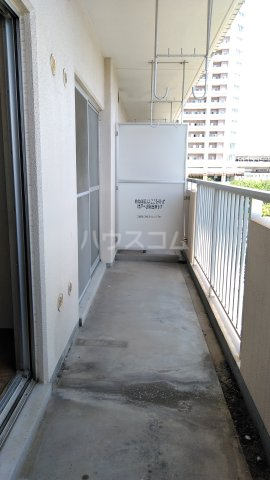 コーポレート浦和別所 402号室のバルコニー