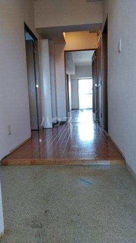 コーポレート浦和別所 402号室の玄関