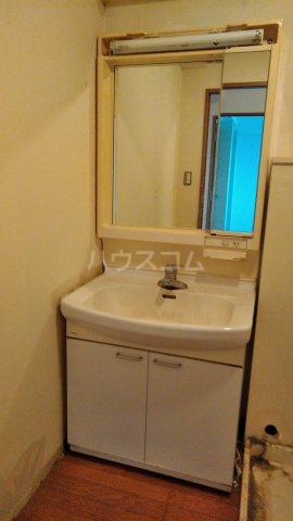コーポレート浦和別所 402号室の洗面所
