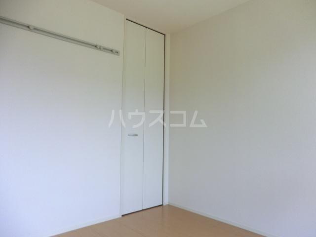 マーサ Ⅰ 102号室の居室