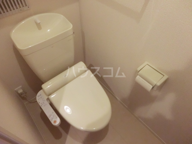 マーサ Ⅰ 102号室のトイレ