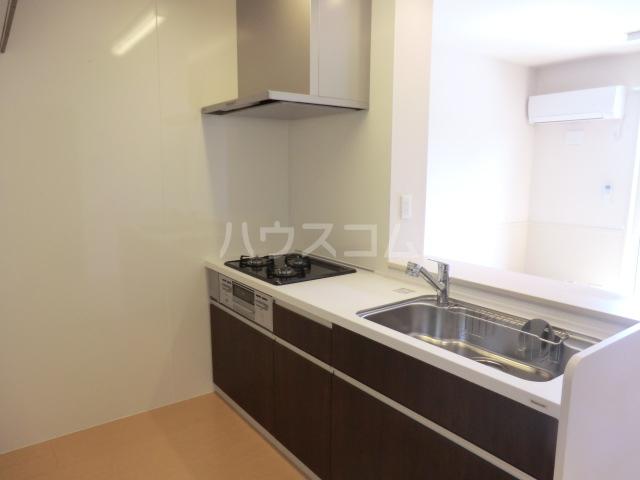 セリーヌコート S 202号室のキッチン
