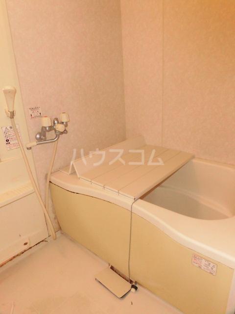 エスカール 201号室の風呂