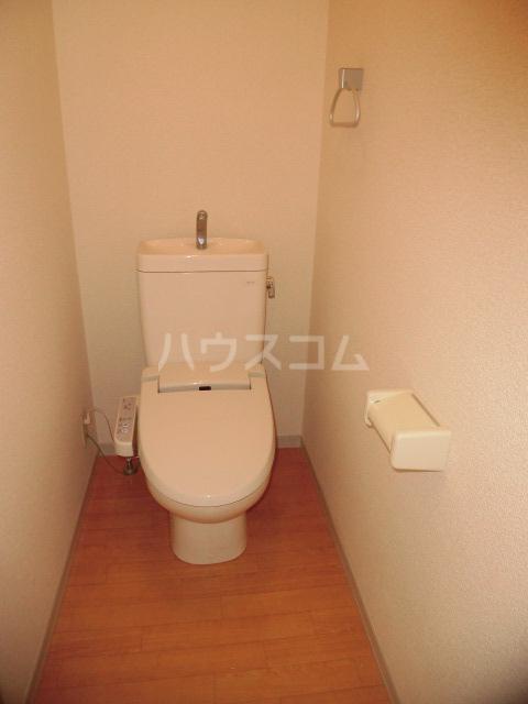 エスカール 201号室のトイレ