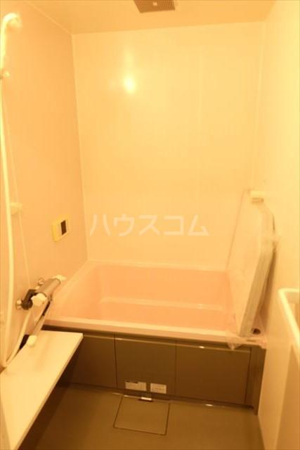 モナークプラザ西浦和秋ヶ瀬公園 610号室の風呂