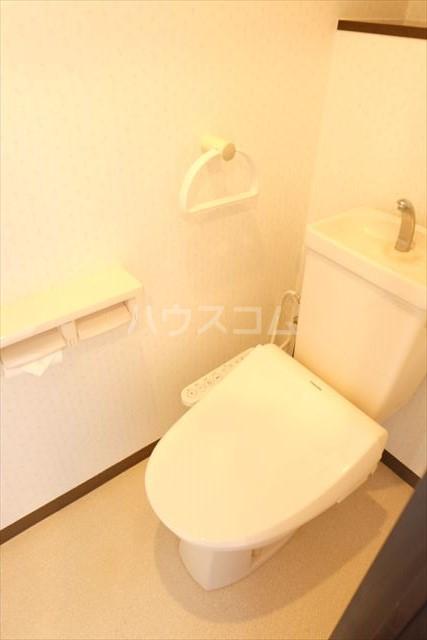 モナークプラザ西浦和秋ヶ瀬公園 610号室のトイレ