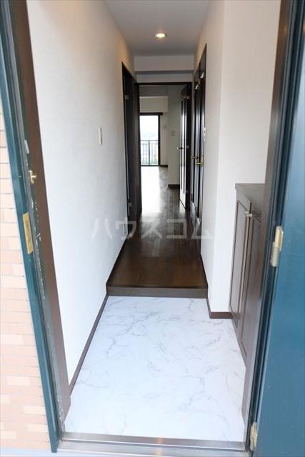 モナークプラザ西浦和秋ヶ瀬公園 610号室の玄関