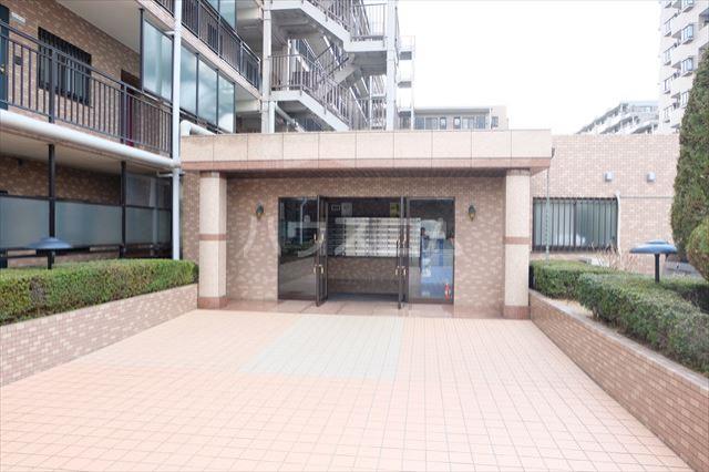 モナークプラザ西浦和秋ヶ瀬公園 610号室のエントランス