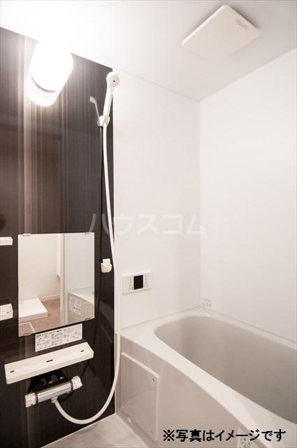 Milton Park Manor 302号室の風呂