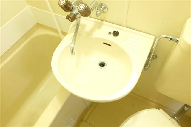 SEED 102号室の洗面所