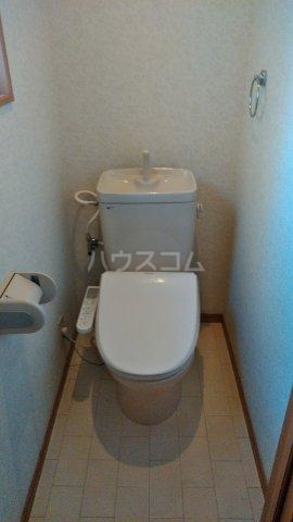 沼影1丁目貸家のトイレ