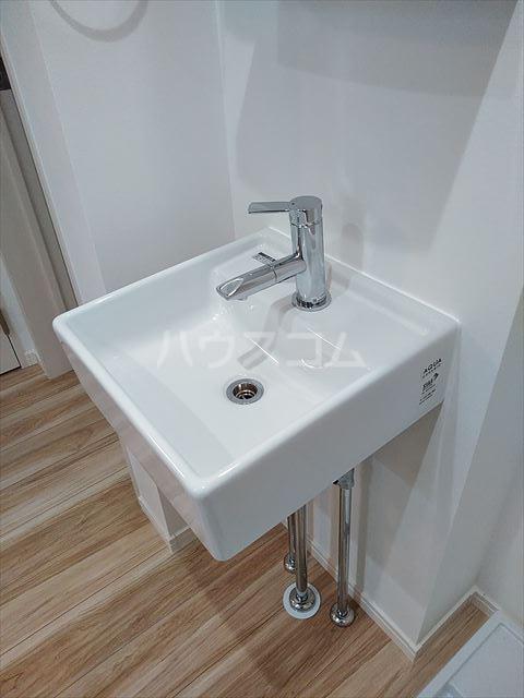 Nina 101号室の洗面所