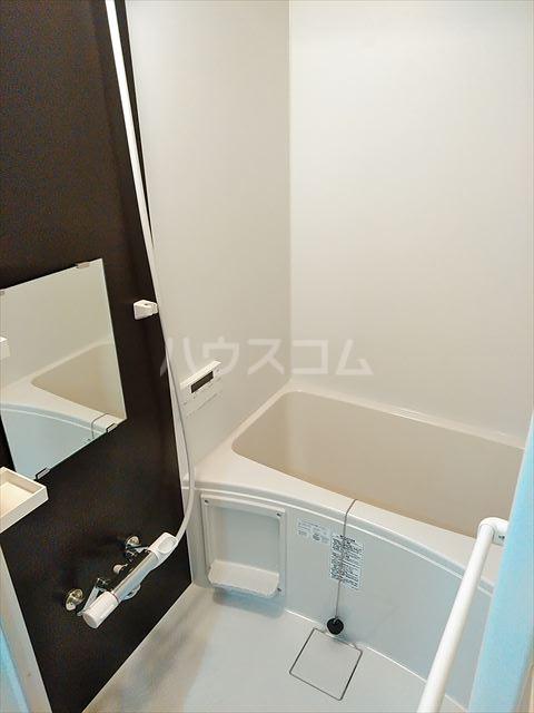 Nina 101号室の風呂