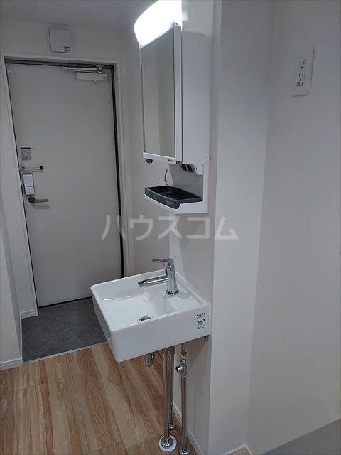 Nina 103号室の洗面所