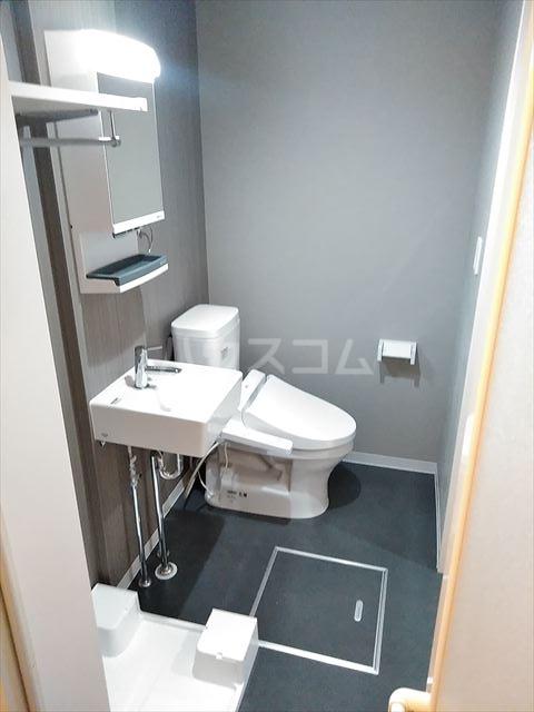 Nina 202号室の洗面所