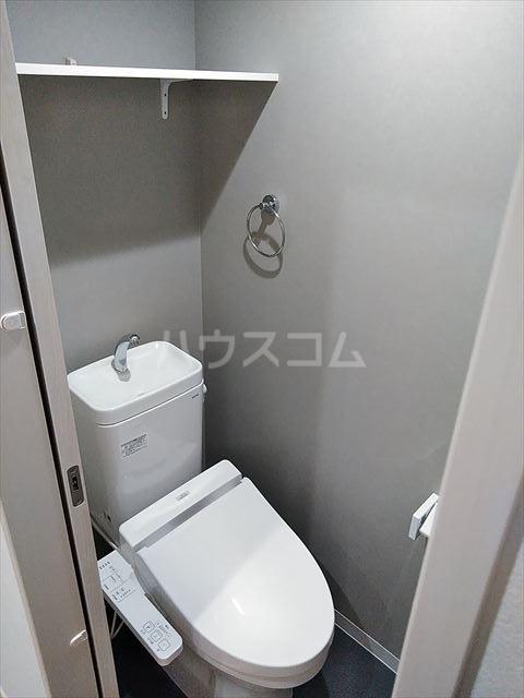 Nina 203号室のトイレ
