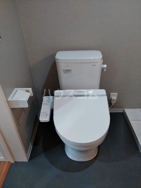 ミライエ武蔵浦和 201号室のトイレ