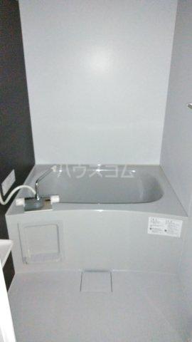 リブリ・リヴェール浦和A 302号室の風呂
