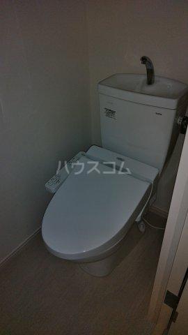 リブリ・リヴェール浦和A 302号室のトイレ