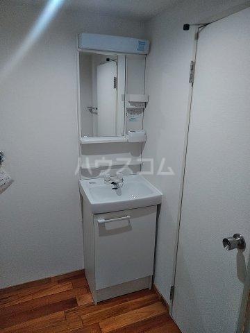 ユトリロ下地3 603号室の洗面所