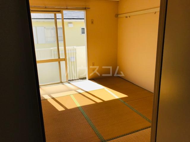 グリーンステージ堂坂B棟 201号室の居室