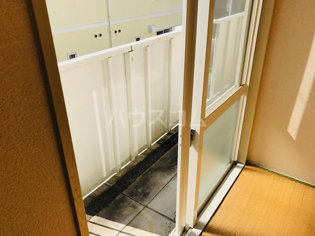 グリーンステージ堂坂B棟 201号室のバルコニー