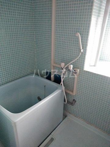 ビレッジ牧 505号室の風呂
