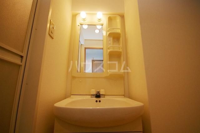 クレベール博多 902号室の洗面所