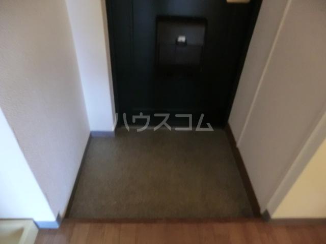 日之出ビル博多駅前 403号室の玄関