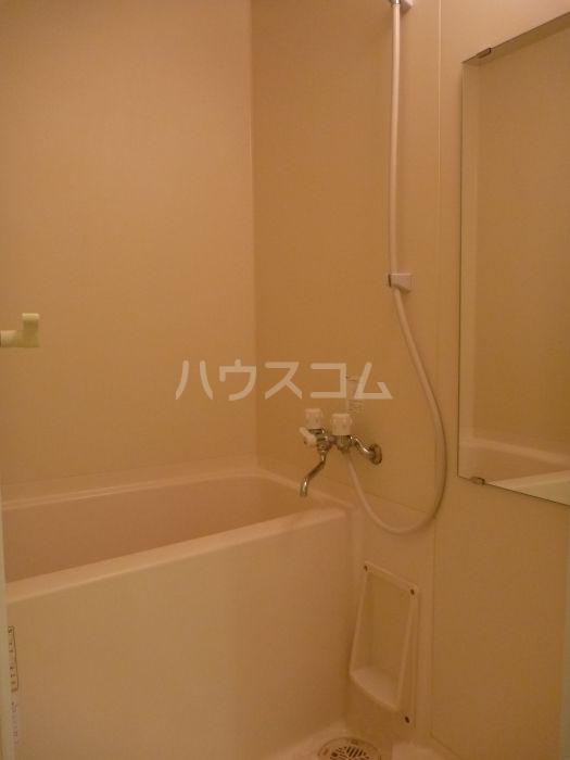 アクタス博多駅前 805号室の風呂