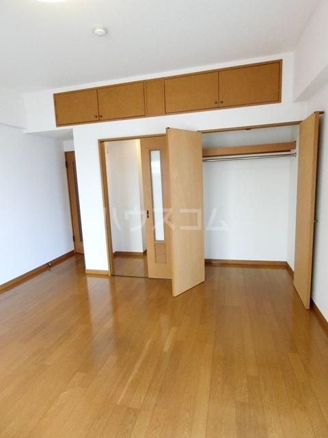 プリメール箱崎Ⅱ 503号室のリビング