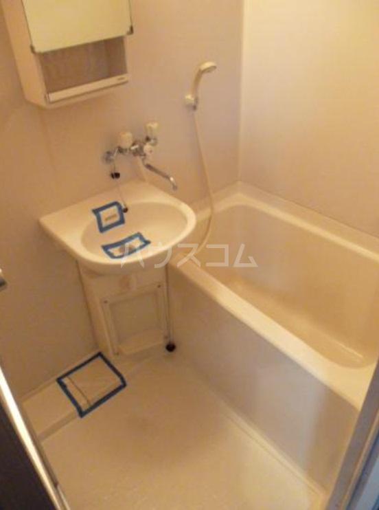 MIビル 702号室の風呂
