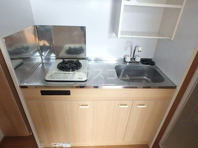 ヴィラ・ココ 201号室のキッチン
