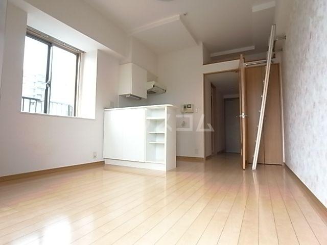 ウエストサイド箱崎 301号室のベッドルーム